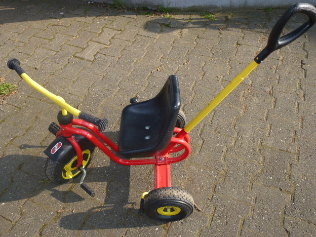 Puky TRICYCLE with SCHIEBESTA LENGTH ADJUSTABLE r